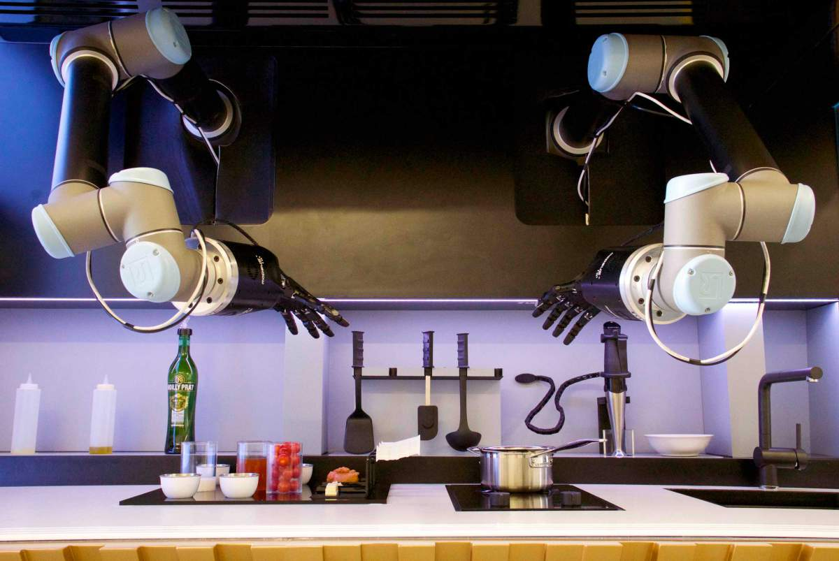 moley robotics automated kitchen lr